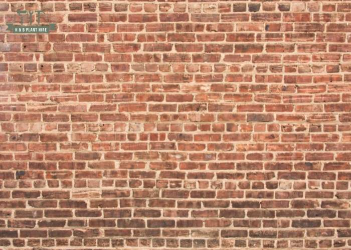 What should a party wall notice include?